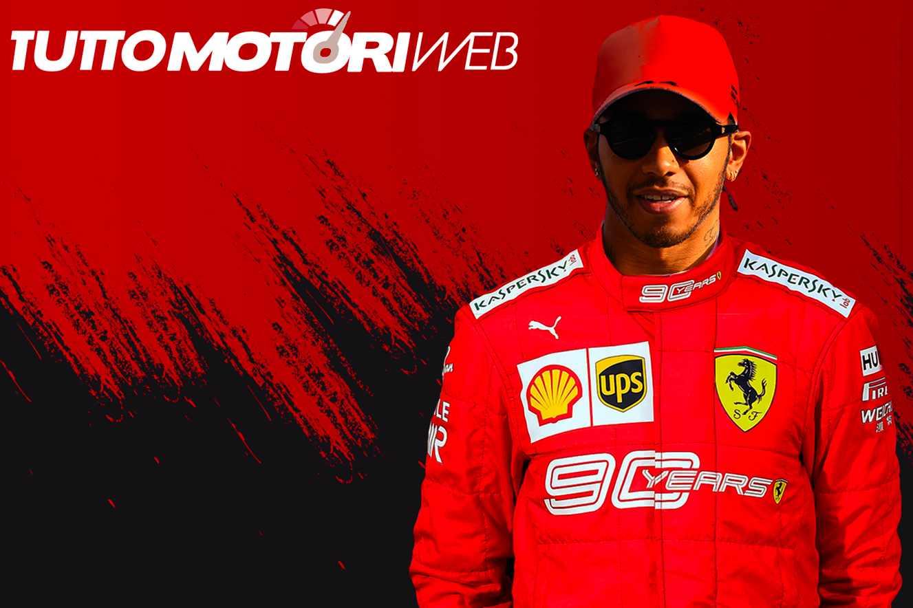 Lewis Hamilton con la tuta della Ferrari