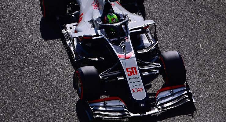 Mick Schumacher al volante della Haas ad Abu Dhabi