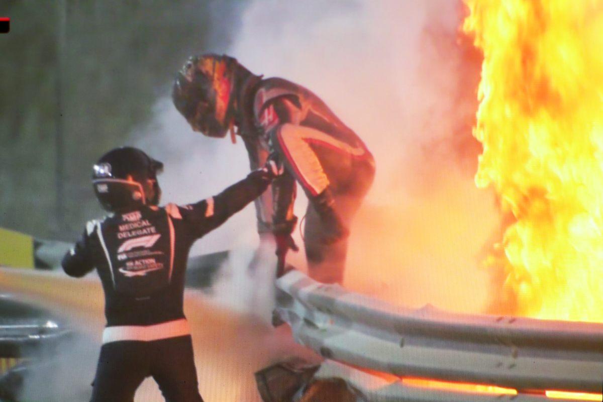 L'incidente di Romain Grosjean al Gran Premio del Bahrein di F1 2020 a Sakhir