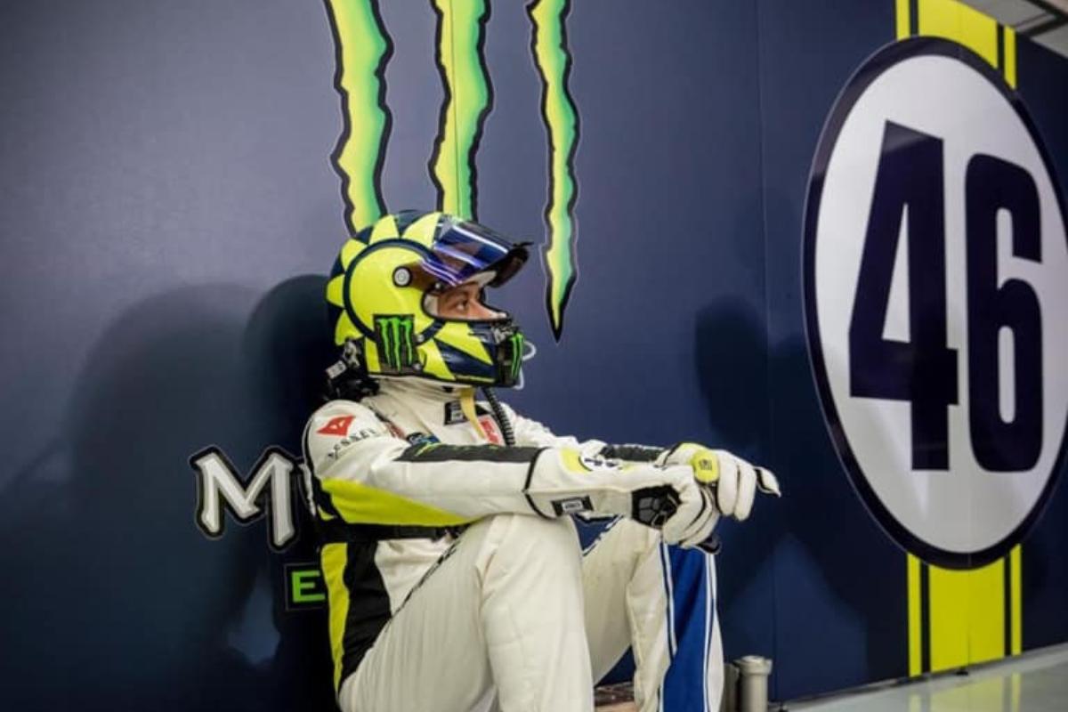 Valentino Rossi alla 12h del Golfo (Facebook)