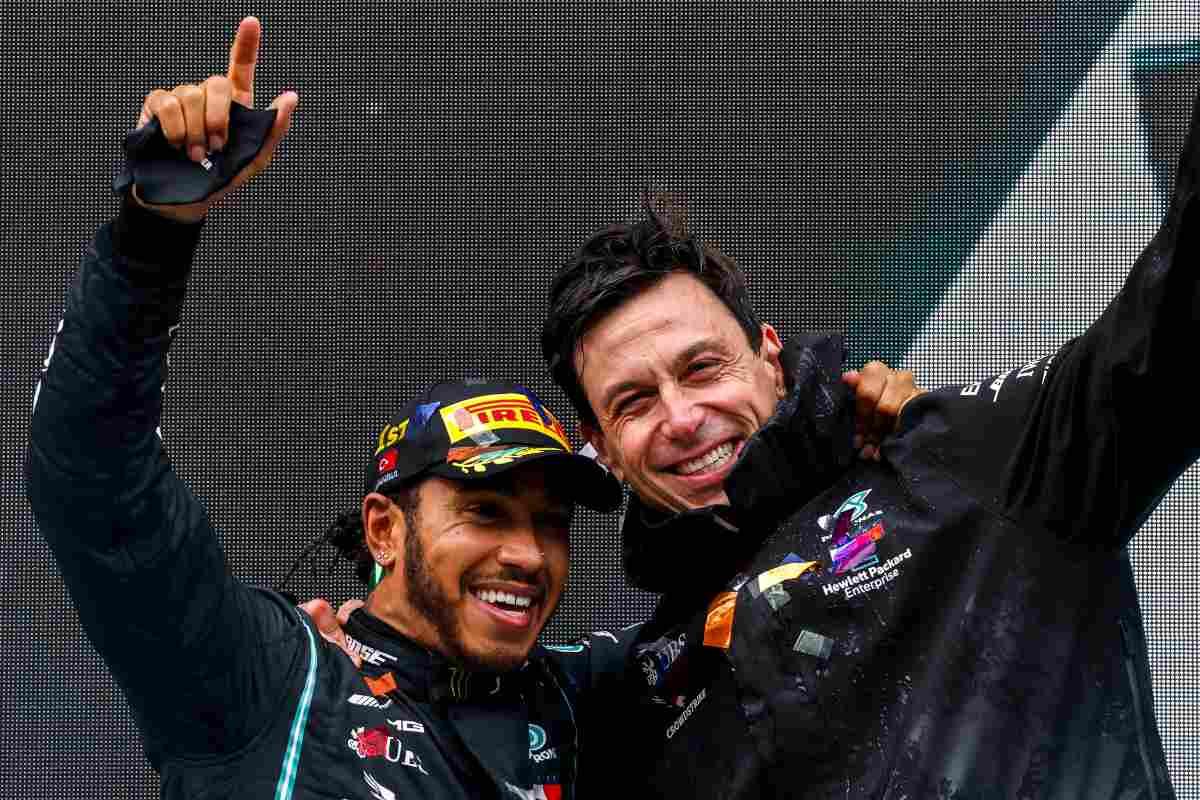 Lewis Hamilton e Toto Wolff