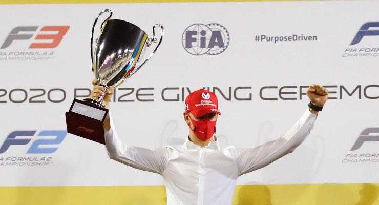 La premiazione di Mick Schumacher per il titolo di Formula 2
