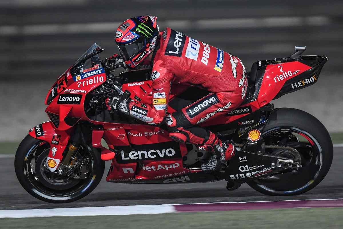 Pecco Bagnaia in pista nel Gran Premio del Qatar di MotoGP 2021 a Losail