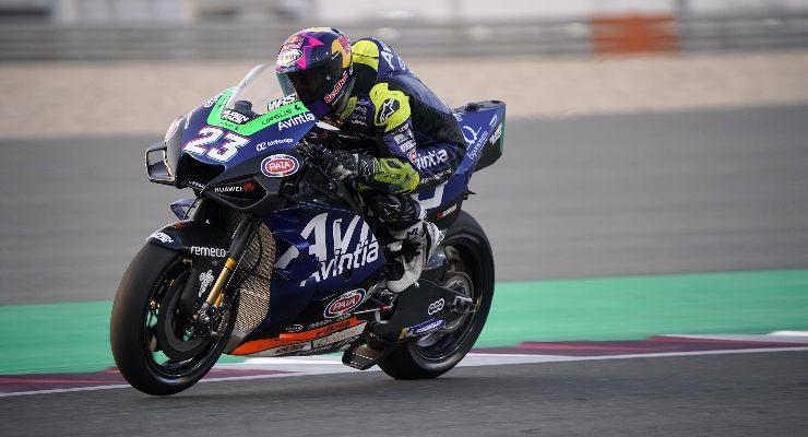 Enea Bastianini in pista sulla Ducati nei test MotoGP di Losail, in Qatar