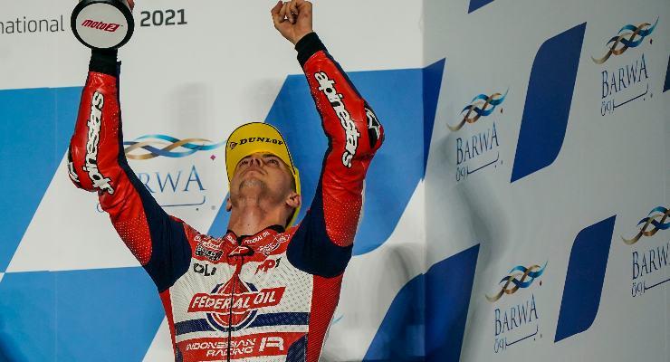 Fabio Di Giannantonio sul podio del Gran Premio del Qatar di Moto2 2021 a Losail
