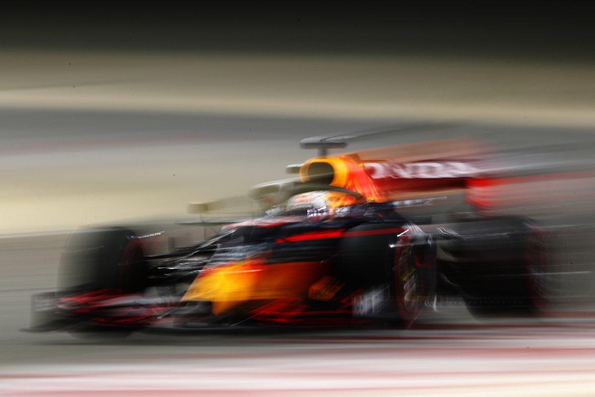 Max Verstappen in pista nei test F1 di Sakhir, in Bahrain