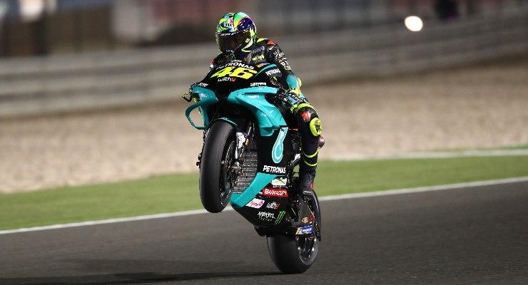 Valentino Rossi in pista nei test MotoGP a Losail, in Qatar