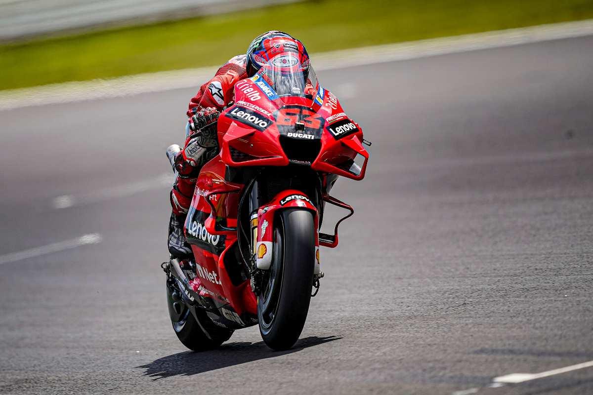 Pecco Bagnaia in pista nel Gran Premio del Portogallo di MotoGP 2021 a Portimao