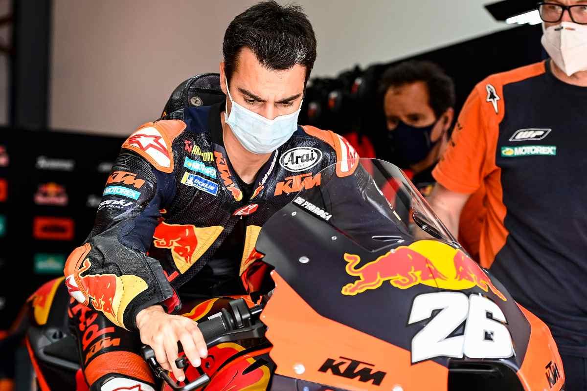 Dani Pedrosa in sella alla Ktm nei test MotoGP 2021 in Qatar, a Doha