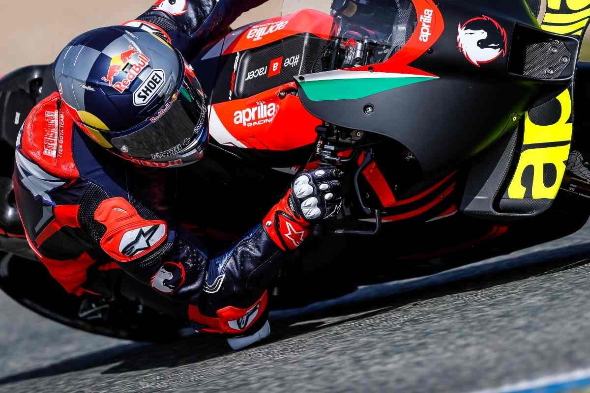 Andrea Dovizioso in pista nei test di Jerez de la Frontera