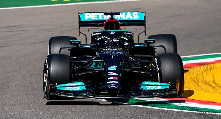 Lewis Hamilton nel Gran Premio dell'Emilia Romagna di F1 2021 a Imola