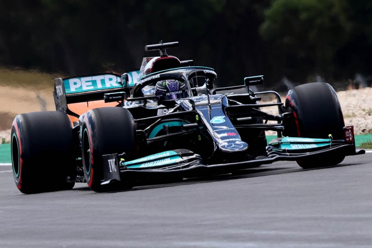 Lewis Hamilton nelle prove libere del Gran Premio del Portogallo di F1 2021 a Portimao