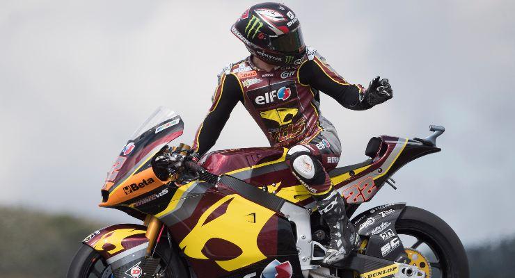 Sam Lowes in pista al Gran Premio del Portogallo di Moto2 2021 a Portimao