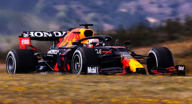 Max Verstappen nelle prove libere del Gran Premio del Portogallo di F1 2021 a Portimao