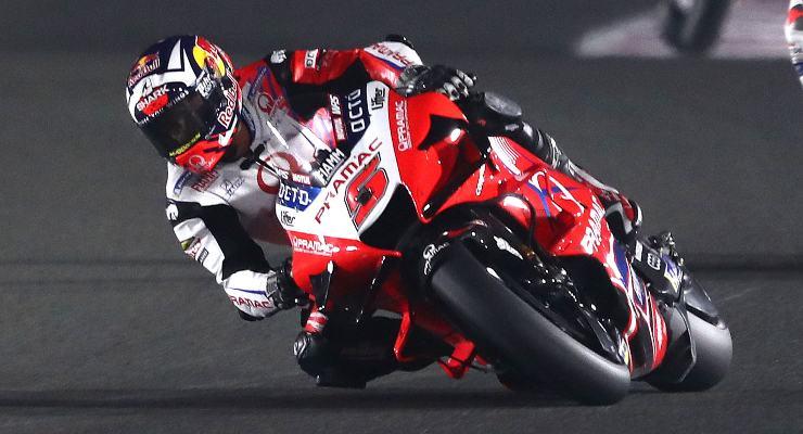 Johann Zarco in pista sulla Ducati satellite del team Pramac nel Gran Premio di Doha di MotoGP 2021 a Losail