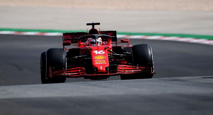 Charles Leclerc in pista nel Gran Premio del Portogallo di F1 2021 a Portimao