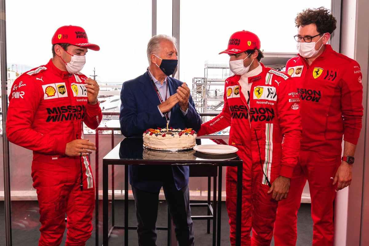 Il compleanno di Piero Ferrari con Charles Leclerc, Carlos Sainz e Mattia Binotto