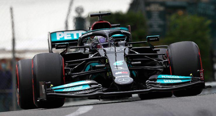 Lewis Hamilton in pista nelle qualifiche del Gran Premio di Montecarlo di F1 2021 a Monaco (Foto LAT Images/Mercedes)