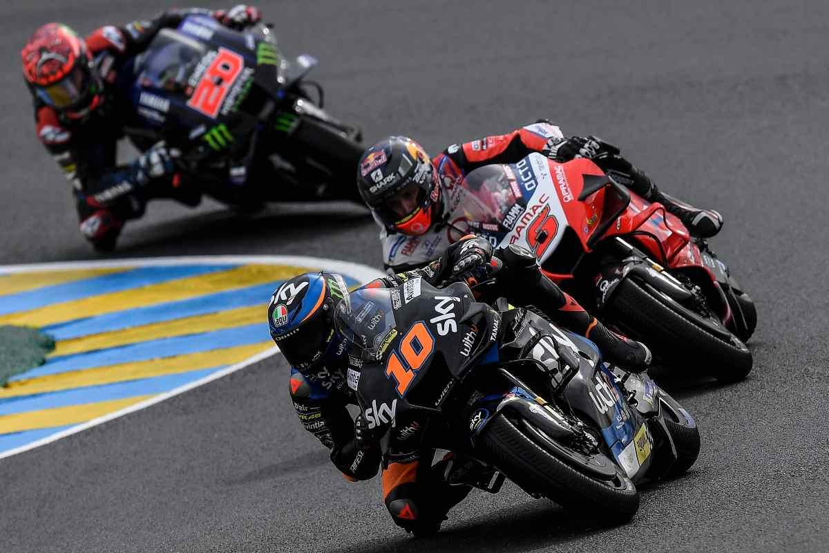 Luca Marini sulla Ducati nelle qualifiche del Gran Premio di Francia di MotoGP 2021 a Le Mans