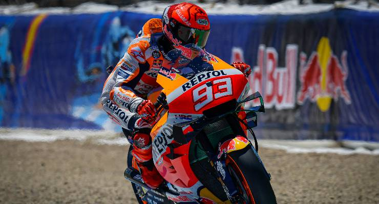 Marc Marquez in pista sulla Honda a Jerez de la Frontera