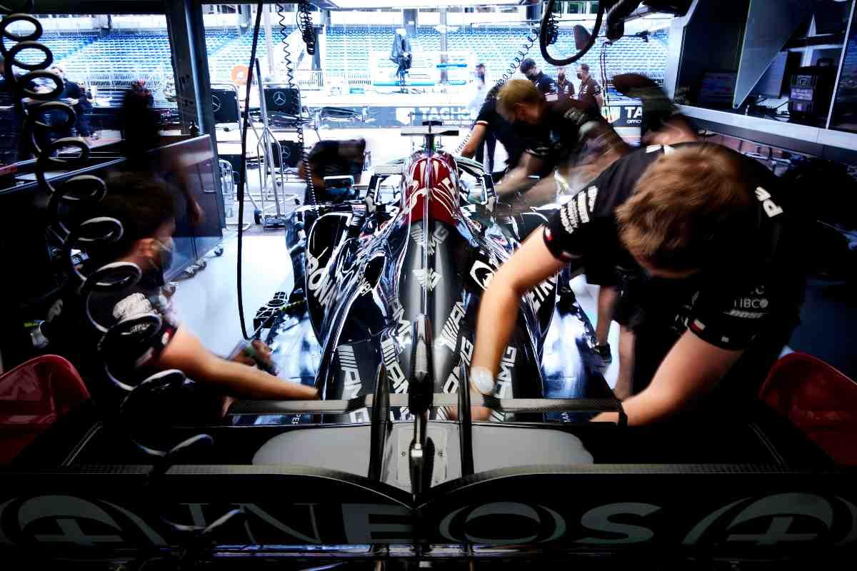 Il box Mercedes al Gran Premio di Montecarlo di F1 2021 a Monaco
