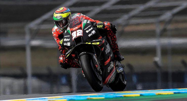 Lorenzo Savadori in pista nel Gran Premio di Francia di MotoGP 2021 a Le Mans