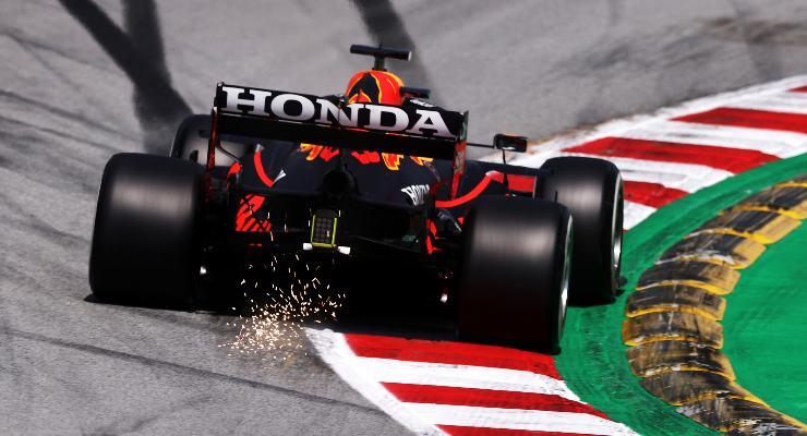 Max Verstappen in pista nelle prove libere del Gran Premio di Spagna di F1 2021 a Barcellona