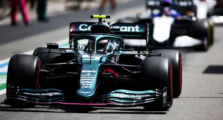Sebastian Vettel sulla Aston Martin al Gran Premio del Portogallo di F1 2021 a Portimao