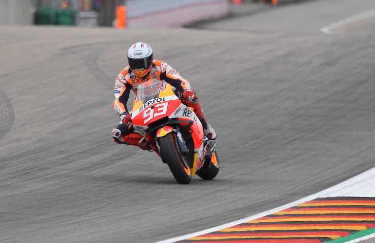 Marc Marquez in pista in Germania con la Honda (GettyImages)