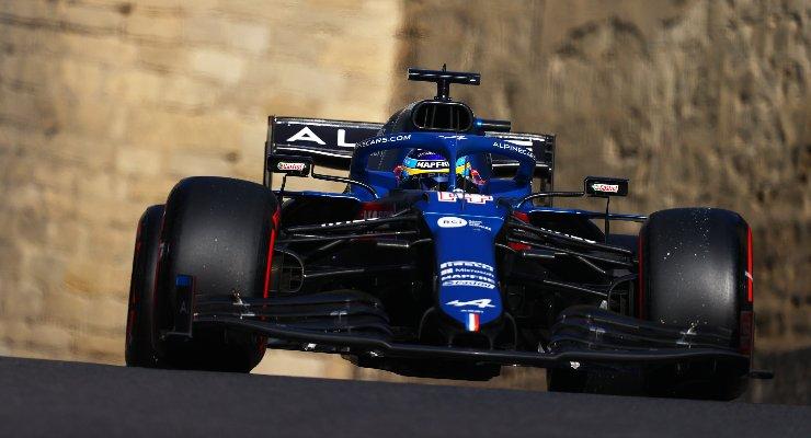 Fernando Alonso sulla Alpine nel Gran Premio dell'Azerbaigian di F1 2021 a Baku