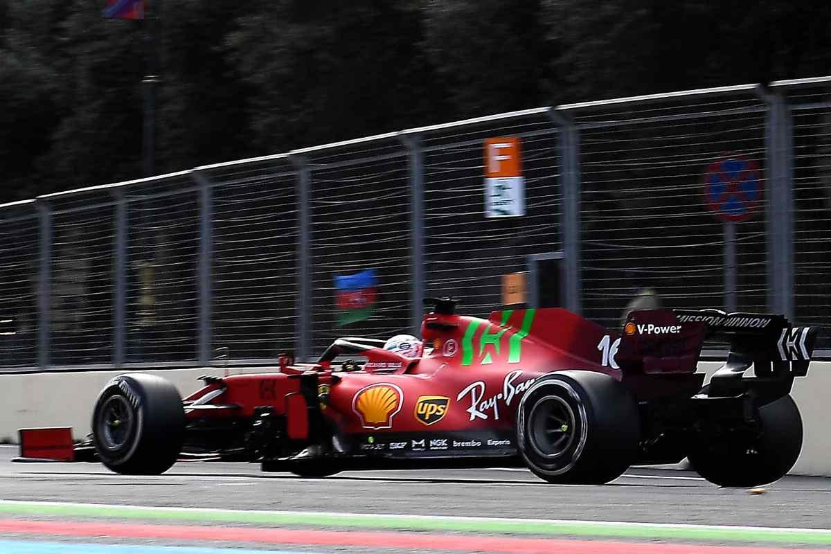 Charles Leclerc in pista al Gran Premio dell'Azerbaigian di F1 2021 a Baku