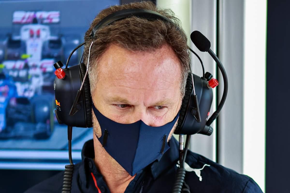 Il team principal Christian Horner ai box del Gran Premio della Stiria di F1 2021 al Red Bull Ring