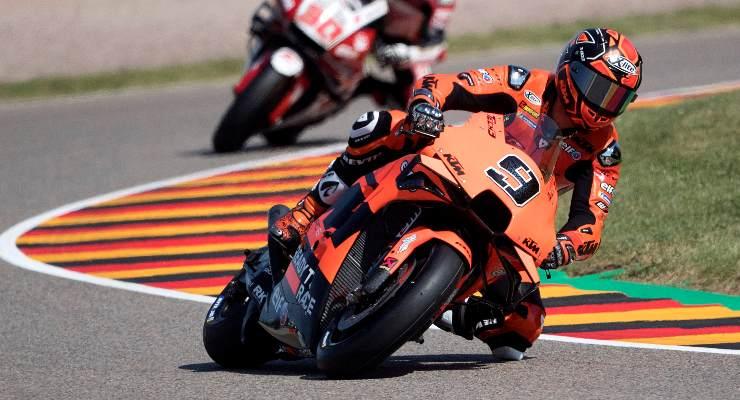 Danilo Petrucci sulla Ktm nelle prove libere del Gran Premio di Germania di MotoGP 2021 al Sachsenring