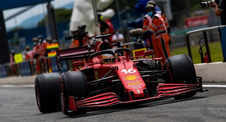 Charles Leclerc in pista al Gran Premio di Francia di F1 2021 al Paul Ricard