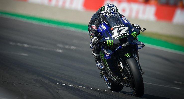 Maverick Vinales in pista sulla Yamaha al Gran Premio d'Olanda di MotoGP 2021 ad Assen