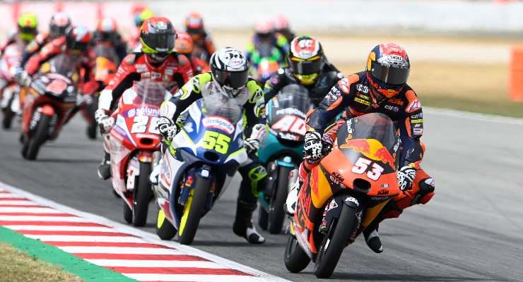 La bagarre della Moto3 al Gran Premio di Catalogna a Barcellona