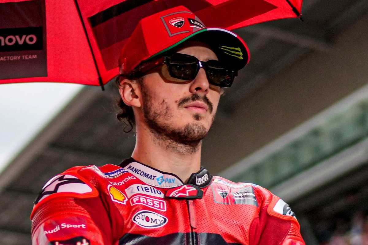 Pecco Bagnaia sulla griglia di partenza del Gran Premio di Catalogna di MotoGP 2021 a Barcellona