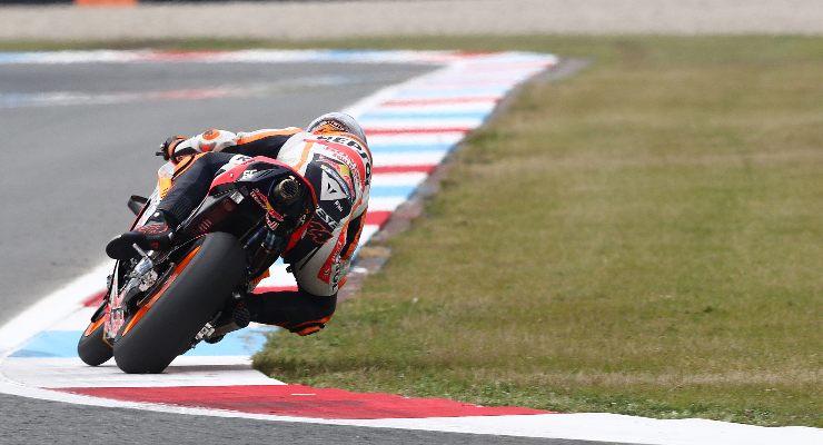 Pol Espargarò in pista sulla Honda al Gran Premio d'Olanda di MotoGP 2021 ad Assen
