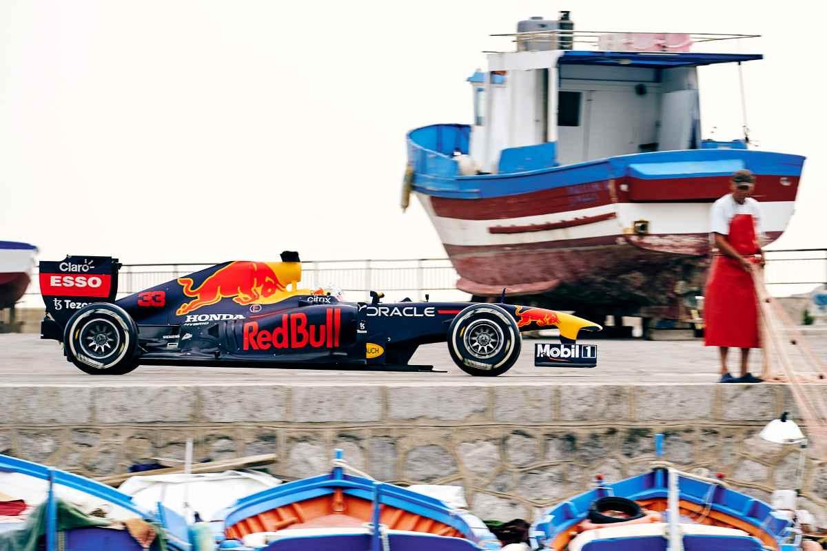 La Red Bull F1 per le strade di Palermo