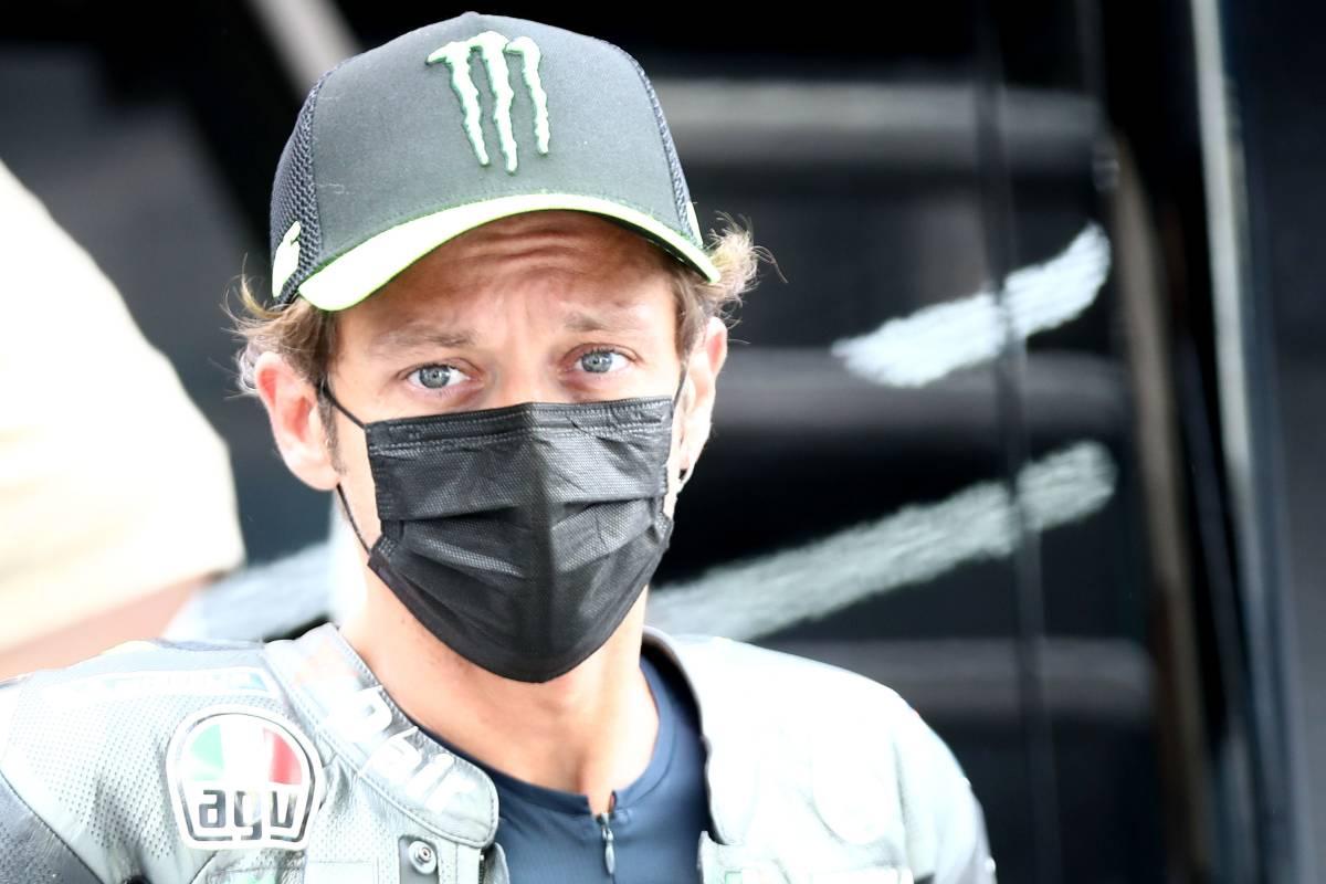 Valentino Rossi nel paddock del Gran Premio d'Olanda di MotoGP 2021 ad Assen