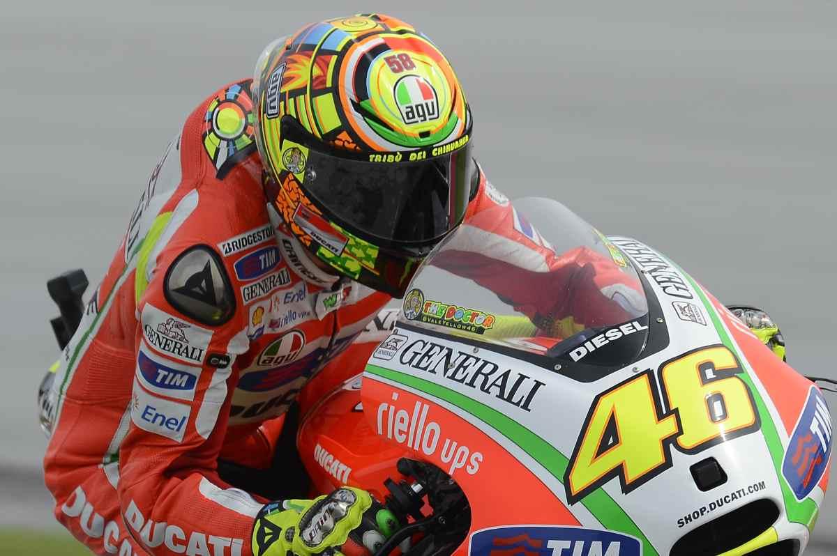 Valentino Rossi ai tempi in cui correva con la Ducati