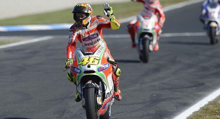 Valentino Rossi ai tempi in cui correva con la Ducati (Foto Ducati)