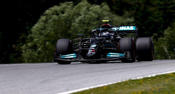 Valtteri Bottas in pista nelle prove libere del Gran Premio della Stiria di F1 2021 al Red Bull Ring