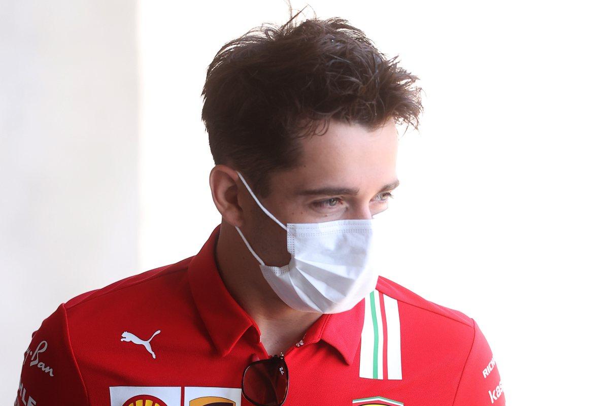 Charles Leclerc nel paddock del Gran Premio d'Ungheria di F1 2021 a Budapest