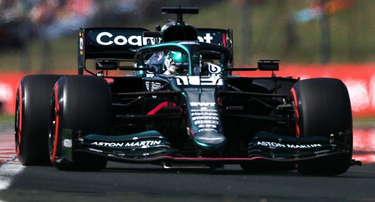 Lance Stroll in pista sulla Aston Martin al Gran Premio d'Ungheria di F1 2021 a Budapest