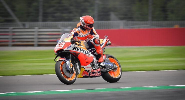Marc Marquez sulla Honda nel Gran Premio di Gran Bretagna di MotoGP 2021 a Silverstone