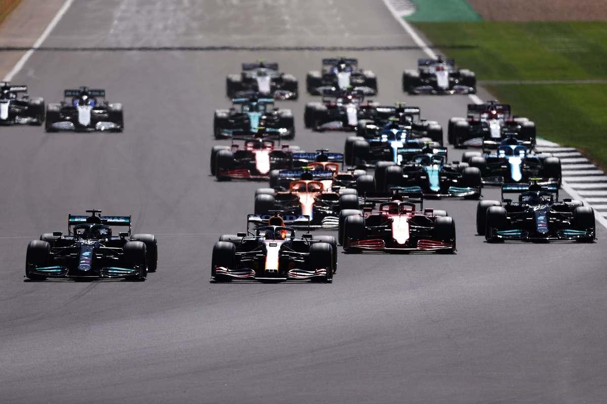 La partenza del Gran Premio di Gran Bretagna di F1 2021 a Silverstone