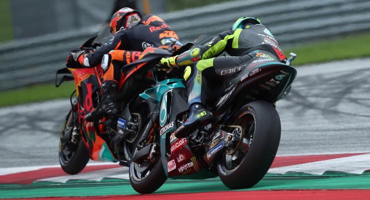 Dani Pedrosa su Ktm contro Valentino Rossi su Yamaha nel Gran Premio di Stiria di MotoGP 2021 al Red Bull Ring