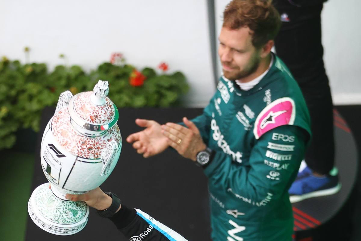 Sebastian Vettel sul podio del Gran Premio d'Ungheria di F1 2021 a Budapest
