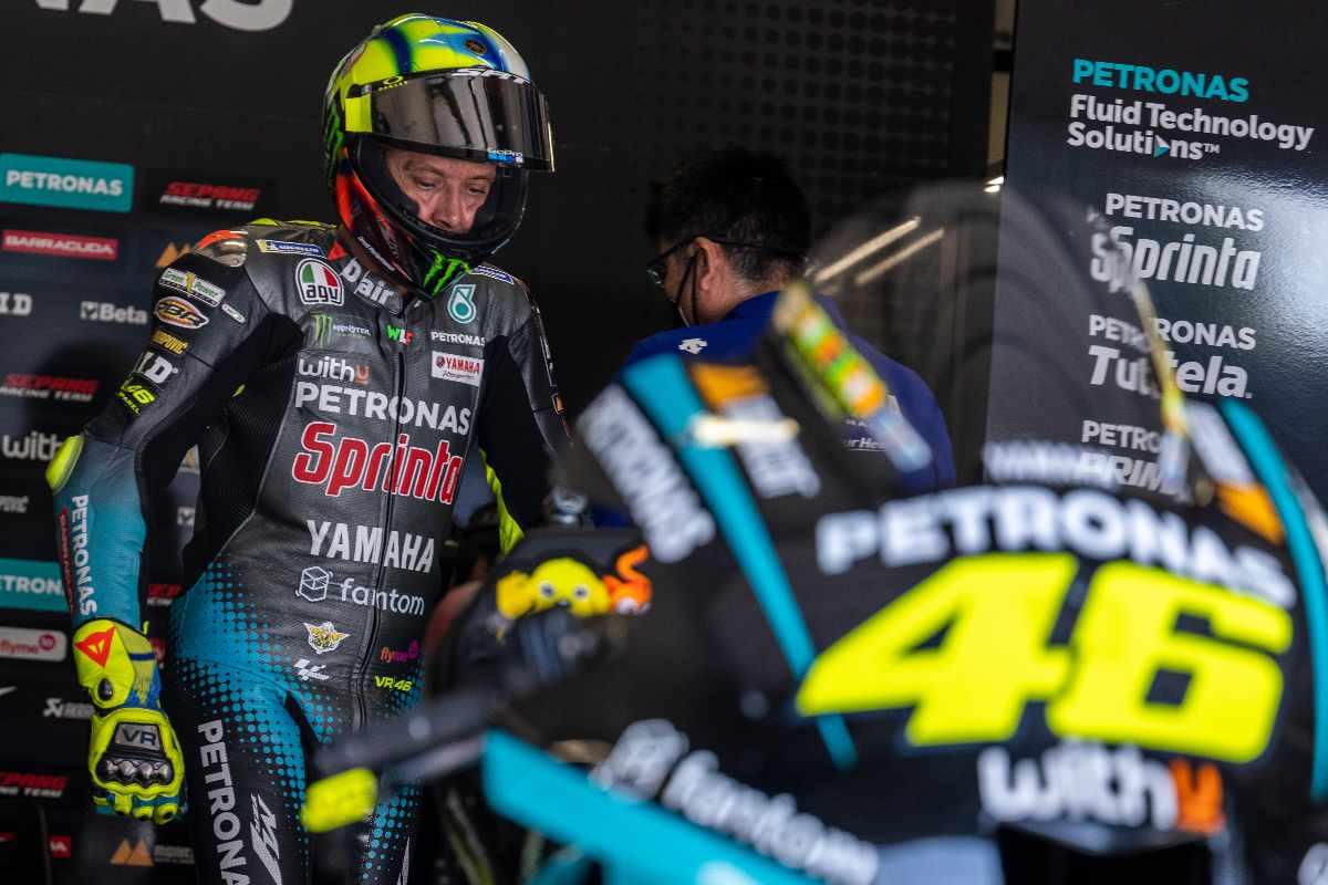 Valentino Rossi ai box della Petronas al Gran Premio d'Austria di MotoGP 2021 al Red Bull Ring